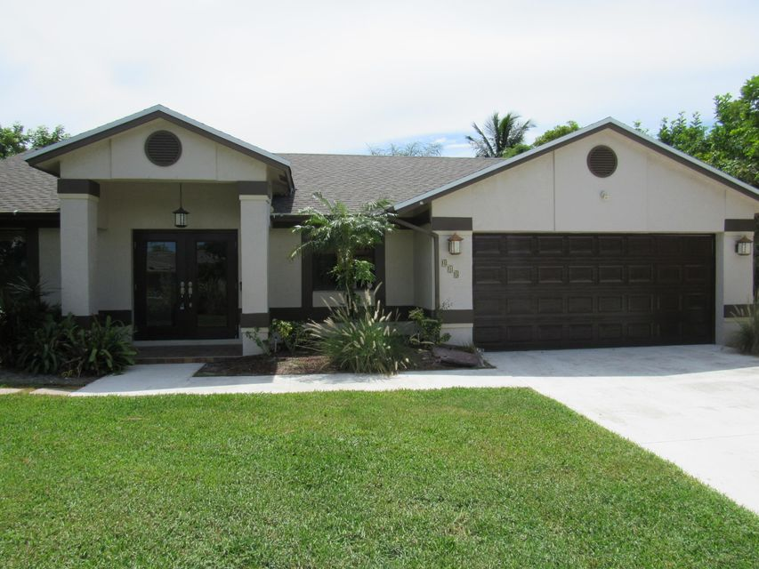 UPDATED! Live the East Delray lifestyle!Move to desirable Lake Ida.Super close to Downtown Delray Beach,The ''Ave'', and Market Square where you can enjoy world class dining,shopping,beaches,art,parks, watersports,concerts,convenience to I-95 and more.This home has been beautifully remodeled and features 3 bedrooms, 2 bathrooms,2 car garage, NO HOA and is in one of the hottest neighborhoods in Delray Beach.New roof! Completely finished home featuring a large open kitchen overlooking the living space and a covered patio. You have to see the home and location and you'll be mesmerized. Large dogs and golf carts are all welcome. Great community feel!Home does not back to Lake Ida. Will not last. Call today for a showing!