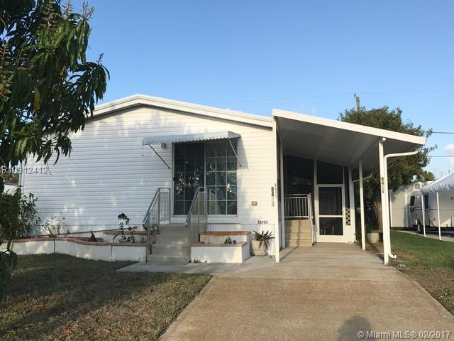 Photo of 8411 SE Skylark Avenue, Hobe Sound, FL 33455
