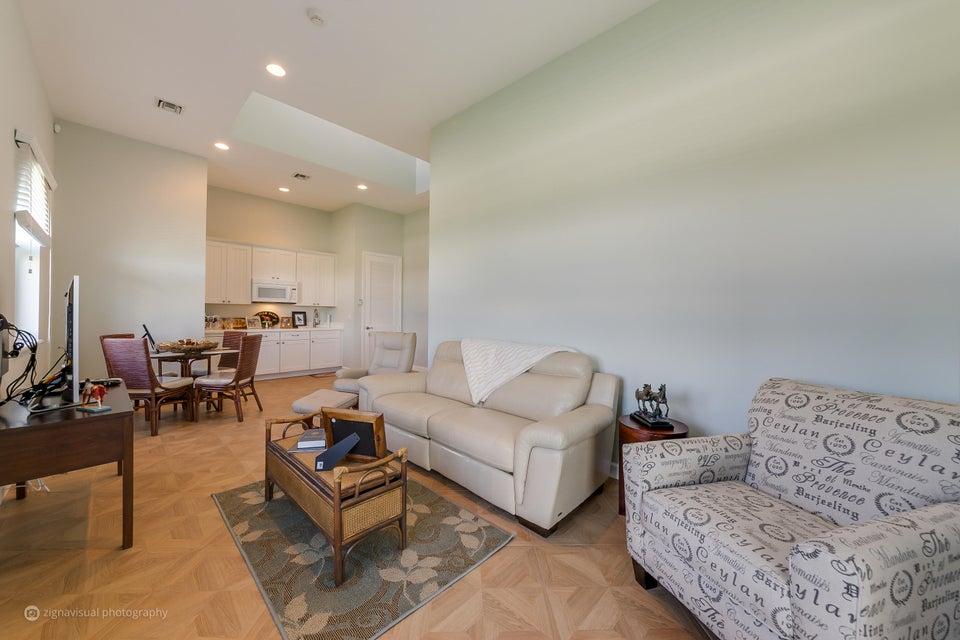 12548 Equine Lane, Wellington, Florida 33414, 2 Bedrooms Bedrooms, ,4 BathroomsBathrooms,Single Family,For Sale,Equestrian Club,Equine,RX-10368047