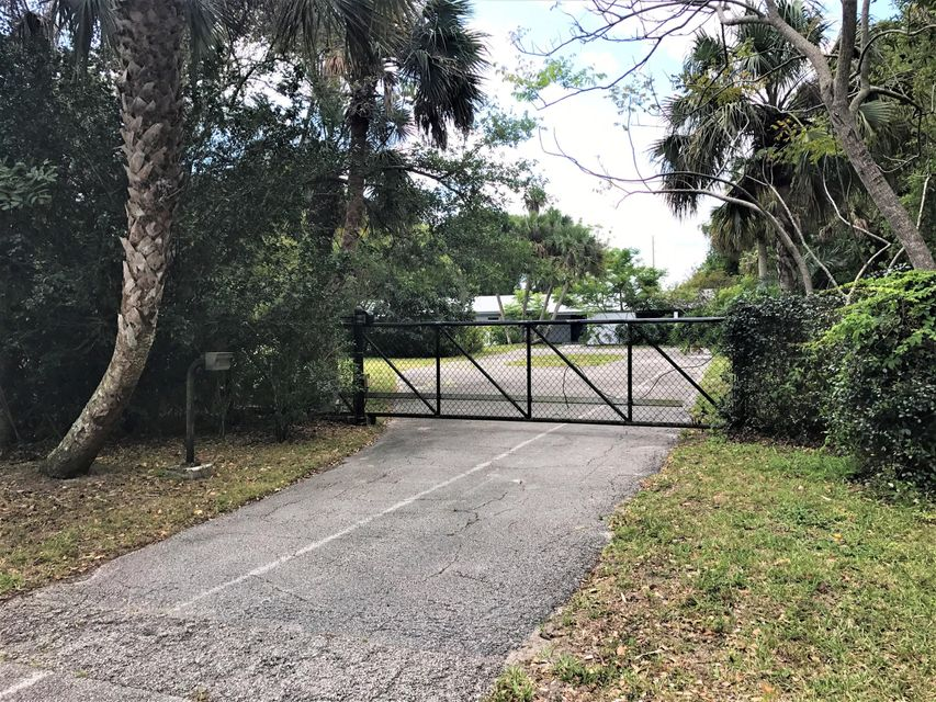 14252 SW Canal Road, Indiantown, FL 34956