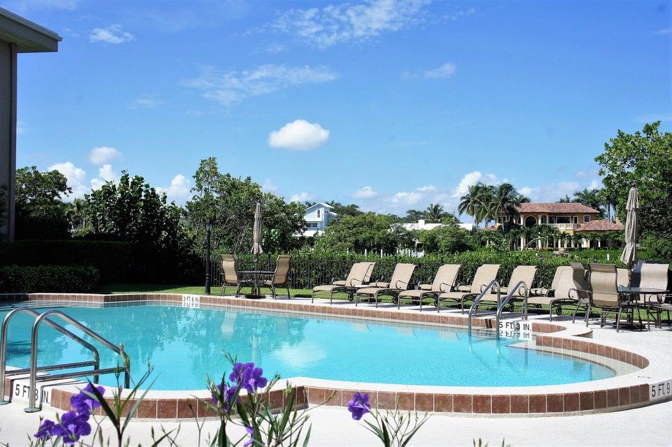 3605 S Ocean Boulevard B-302, South Palm Beach, FL 33480