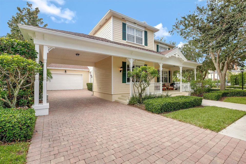 213 Marlberry Cir Jupiter FL-large-004-1
