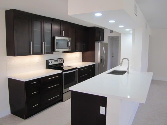 1440 Sheridan Street 10f, Hollywood, FL 33020