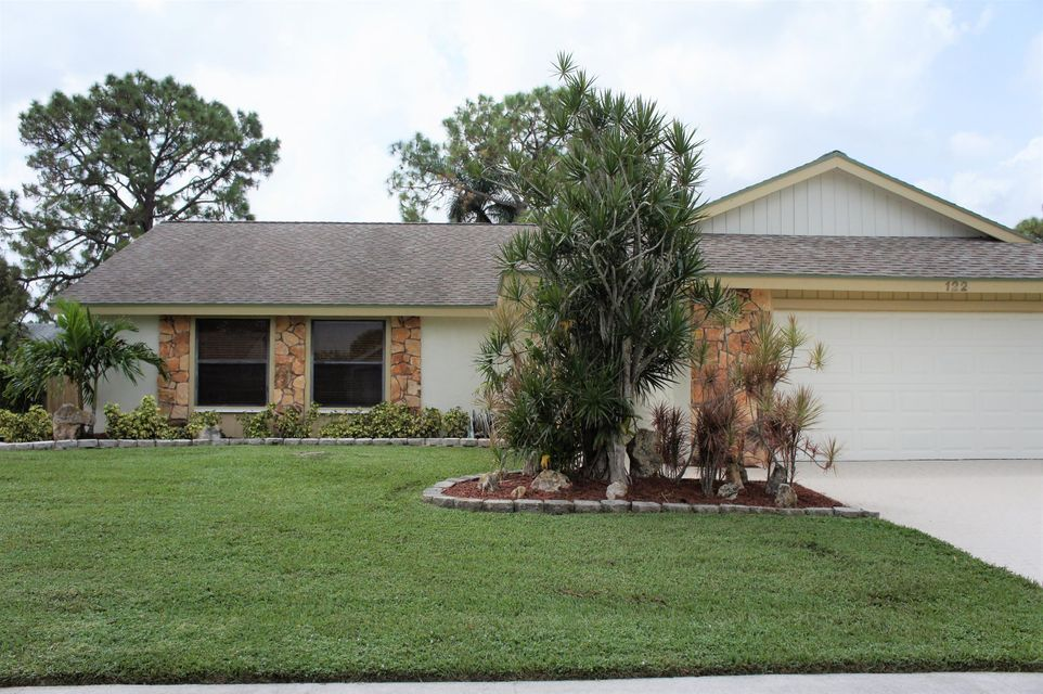 la mancha  royal palm beach 22 homes for sale