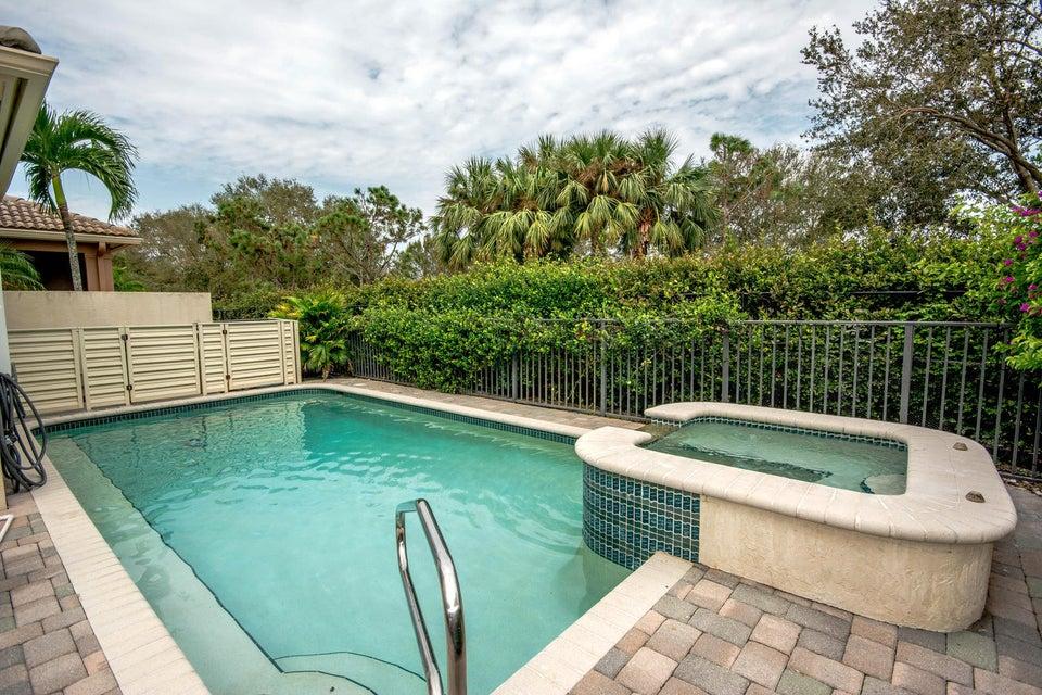 213 Isle Verde Way Palm Beach-large-036-