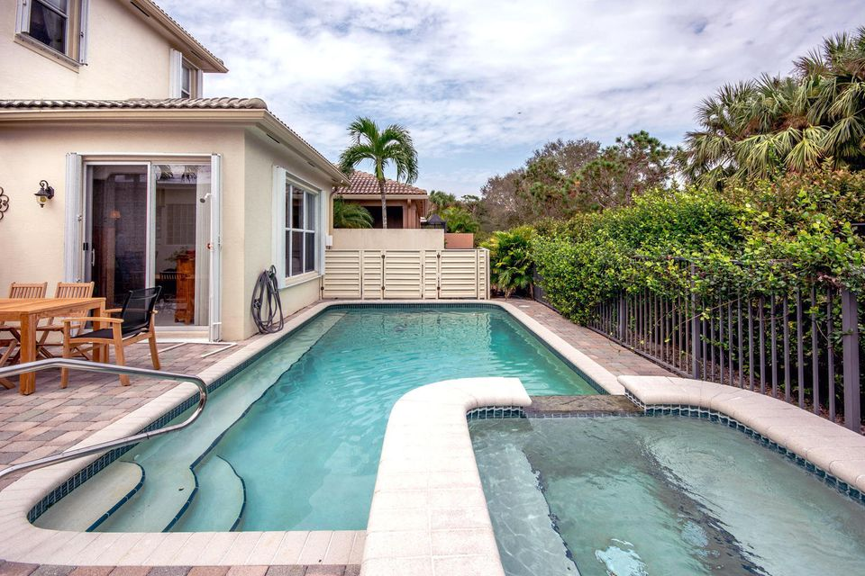 213 Isle Verde Way Palm Beach-large-037-