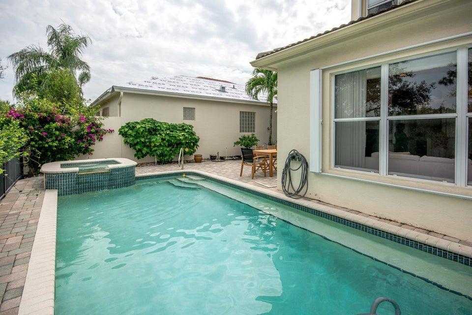 213 Isle Verde Way Palm Beach-large-038-