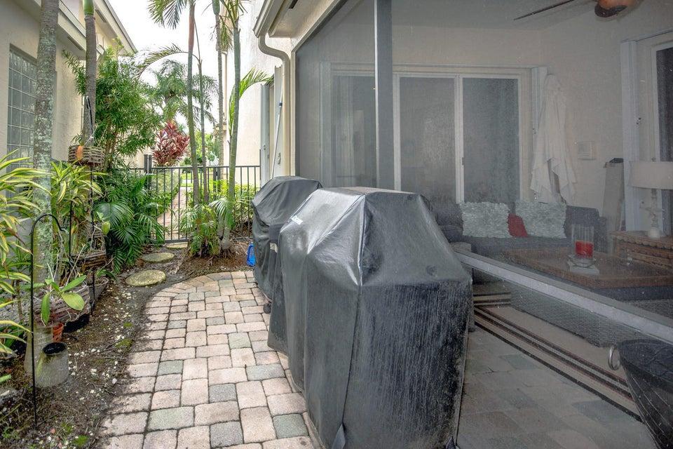 213 Isle Verde Way Palm Beach-large-042-