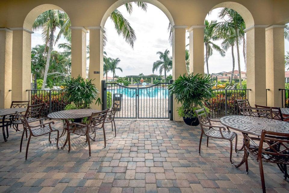 213 Isle Verde Way Palm Beach-large-048-