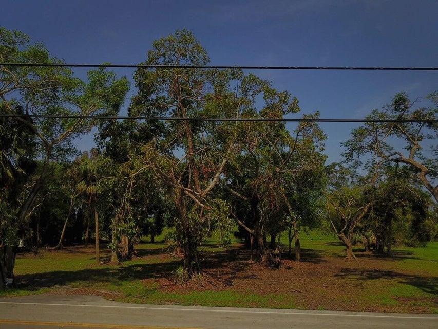 871 E Main Street, Pahokee, FL 33476