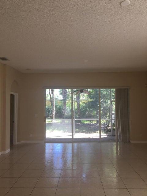114 Canterbury Place Royal Palm Beach, FL 33414 - MLS #: RX-10370142