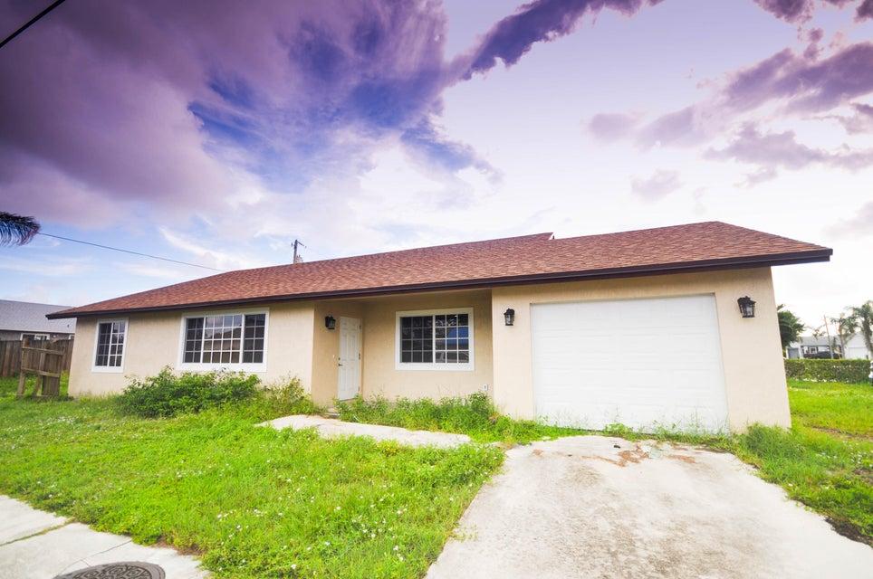 220 SW 8th Street, Boynton Beach, FL 33426