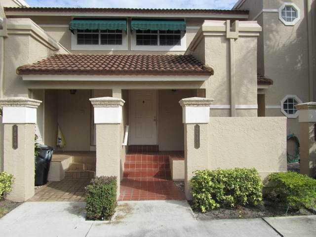 6528 Via Regina Boca Raton, FL 33433