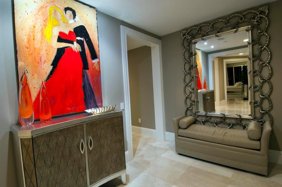 Master Foyer