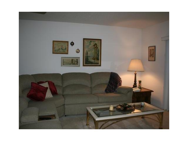 372 Bennington Unit 372 Lake Worth, FL 33467 - MLS #: RX-10375997