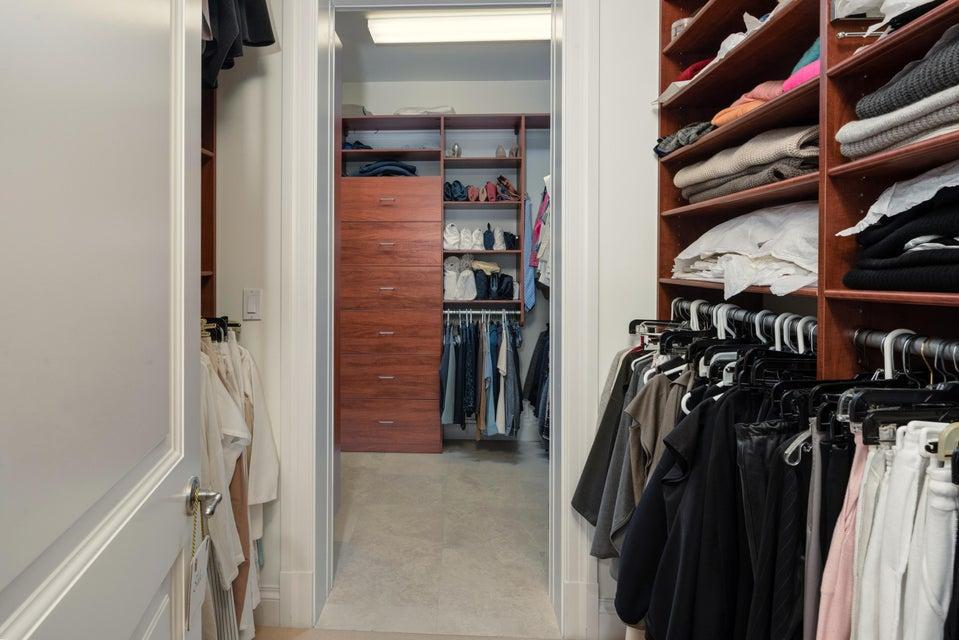019_Master Closet