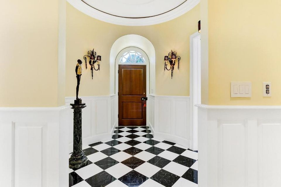 Detailed tile flooring