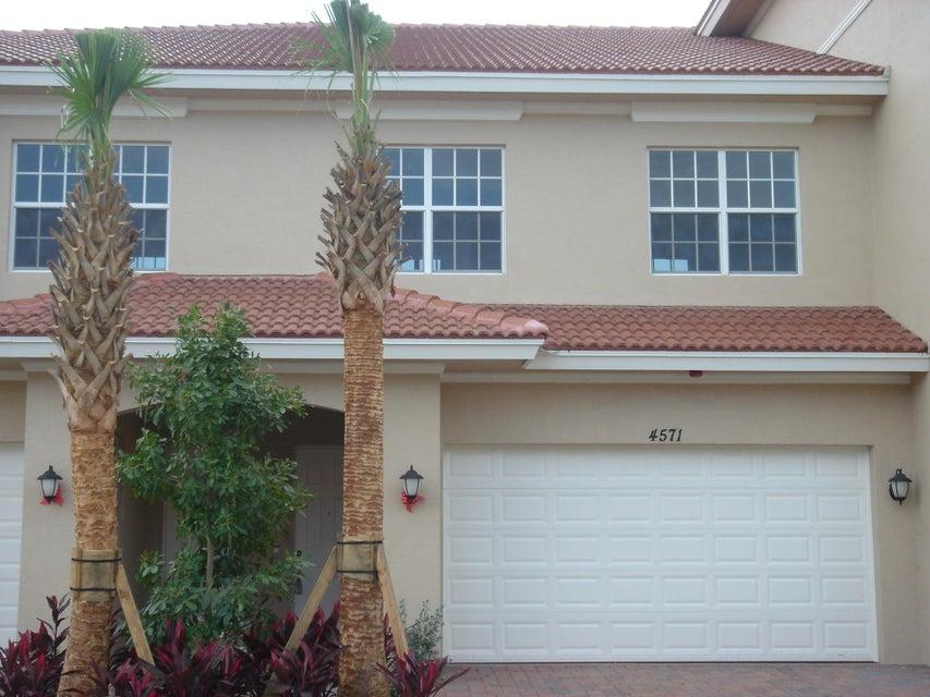 4571 Artesa Way S, Palm Beach Gardens, FL 33418