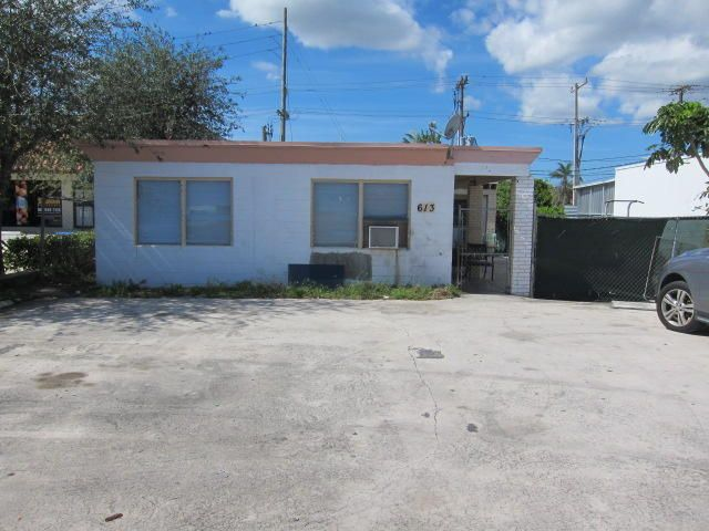 613 Dixie Highway, Lake Worth, Florida 33460, ,Quadplex,For Sale,Dixie,RX-10378440