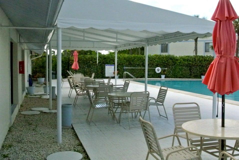1106 Green Pine Boulevard Unit D2 West Palm Beach, FL 33409 - MLS #: RX-10370184