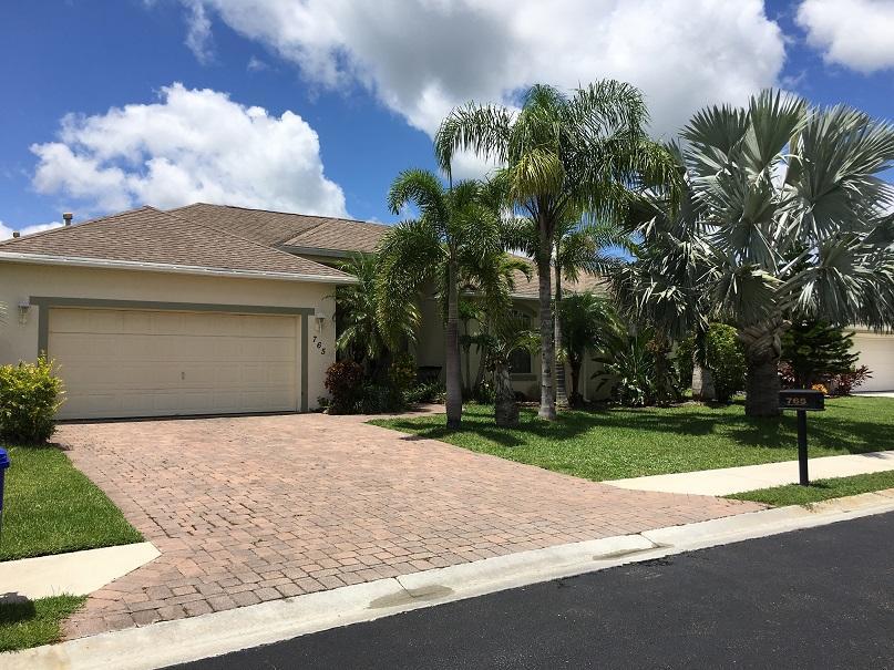 765 Alexandra Avenue SW, Vero Beach, FL 32968