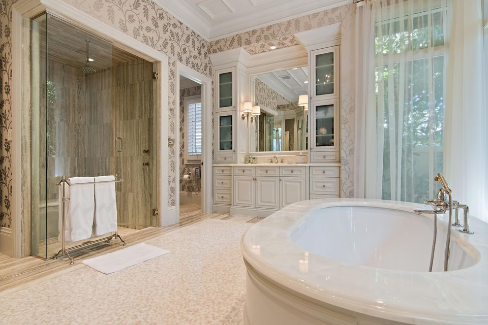 Master Bath & Shower
