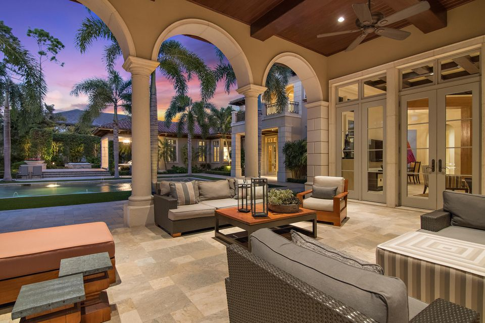 Loggia Living Area