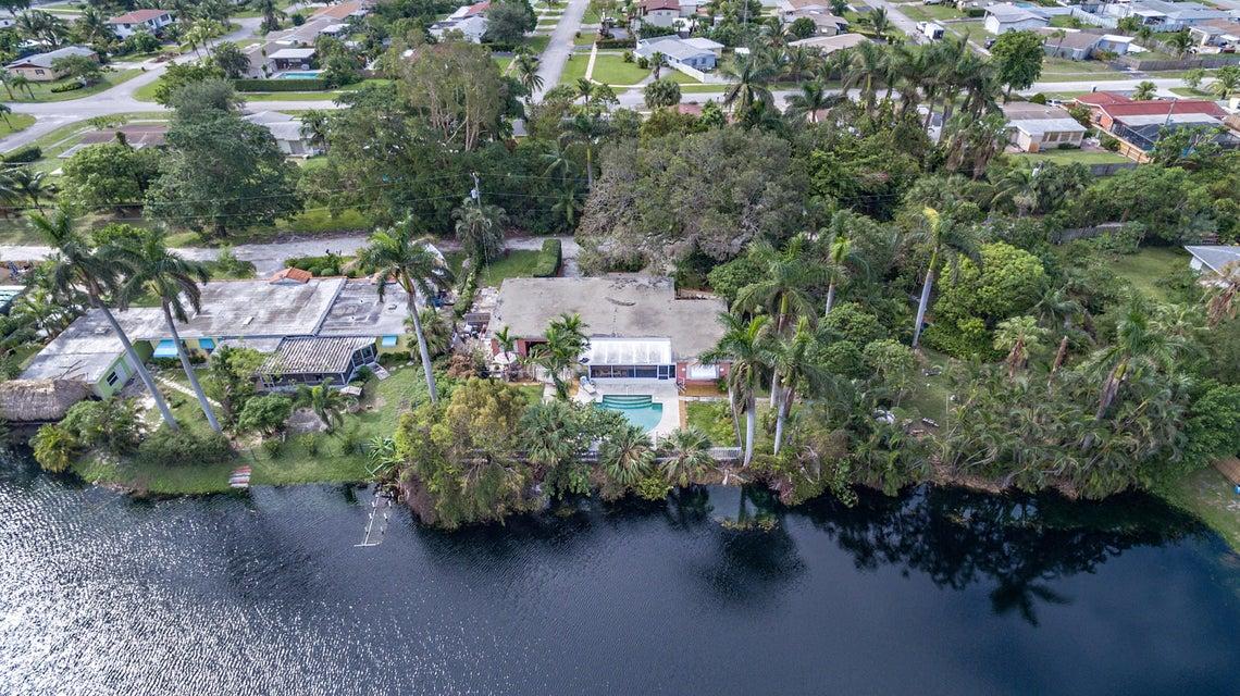1200 Pine Road, West Palm Beach, FL 33406