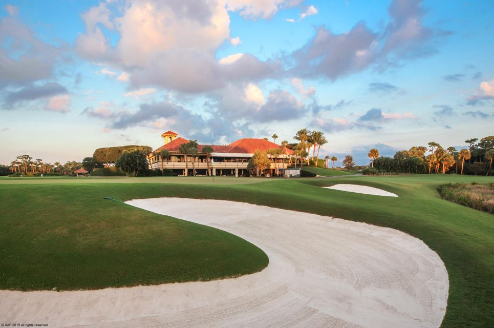 Breakers West Clubhouse from 9th Green c