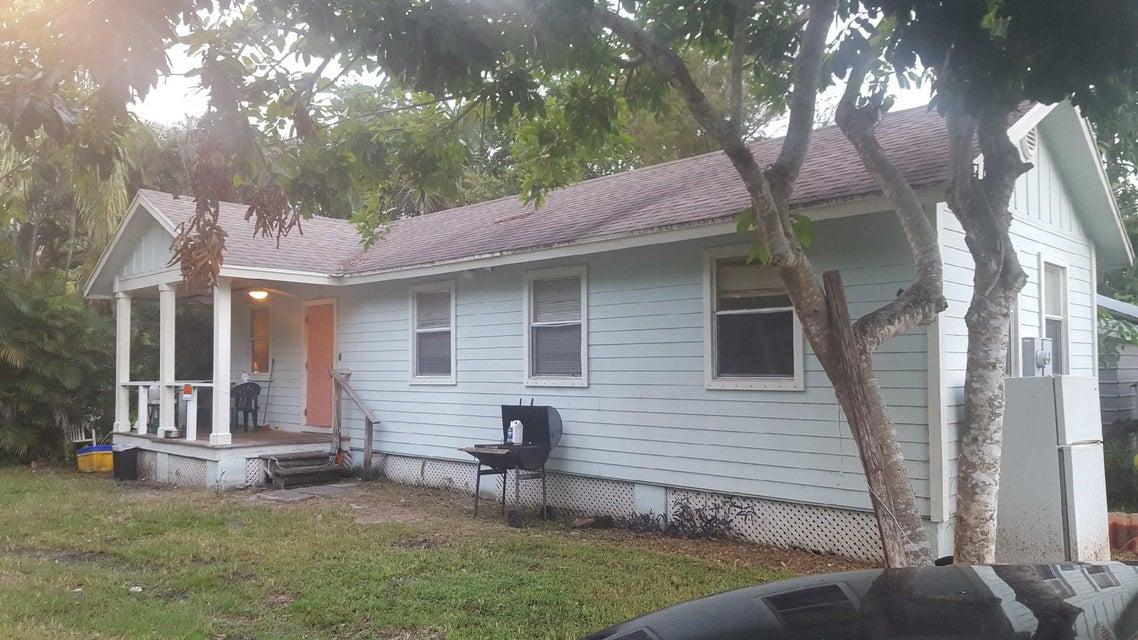 4974 Grouper Avenue- Stuart- Florida 34997, ,Quadplex,For Sale,Port Salerno,Grouper,RX-10358347