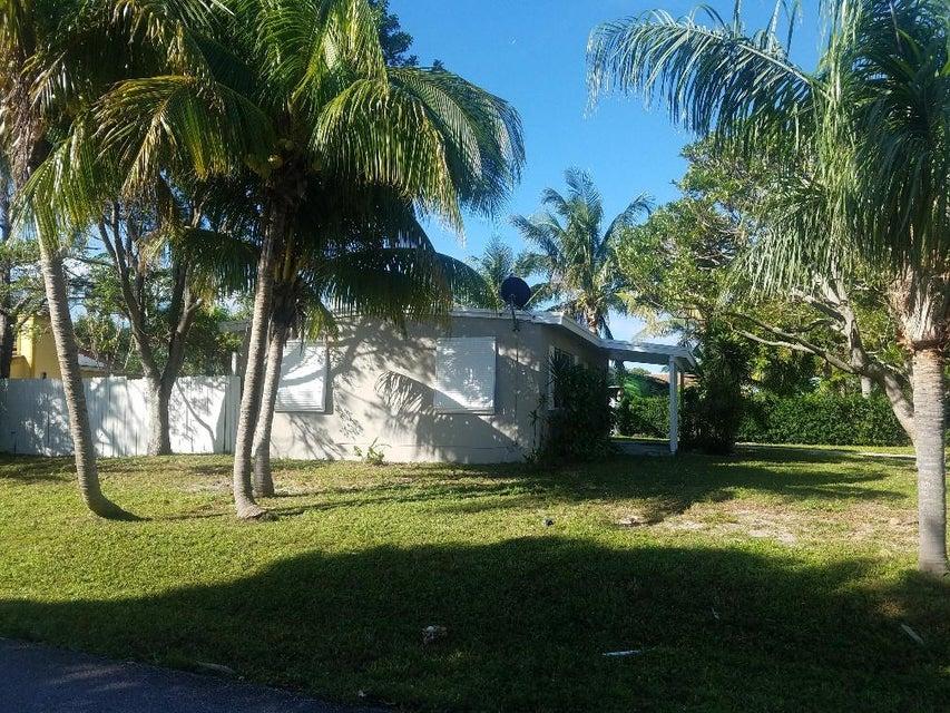 160 N Palm Drive