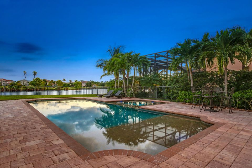 182 Carmela Ct Jupiter FL-large-038-49-P