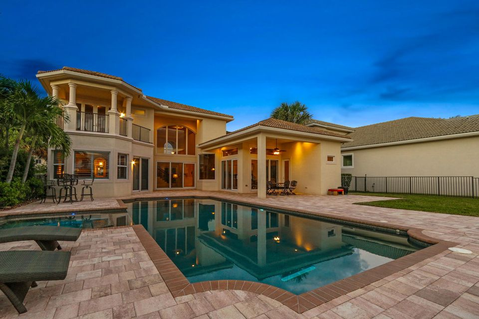 182 Carmela Ct Jupiter FL-large-042-48-R