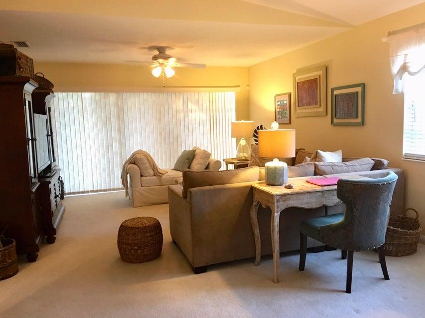 9073 SE Retreat Drive Hobe Sound, FL 33455 - MLS #: RX-10380622
