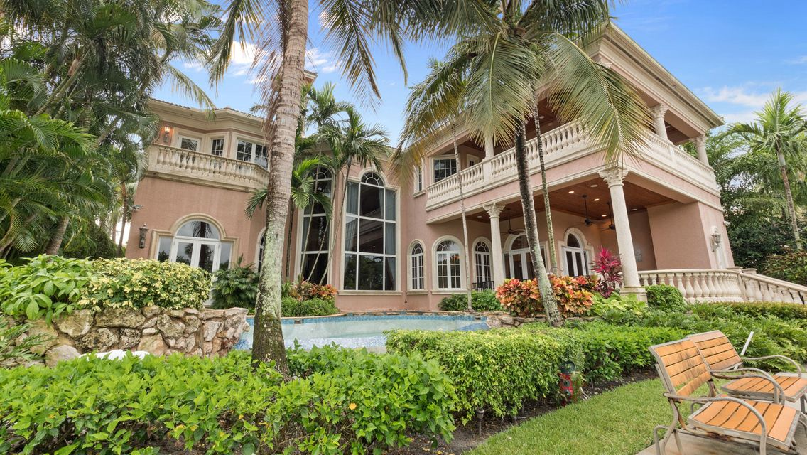 Waterfront Home in North Palm Beach