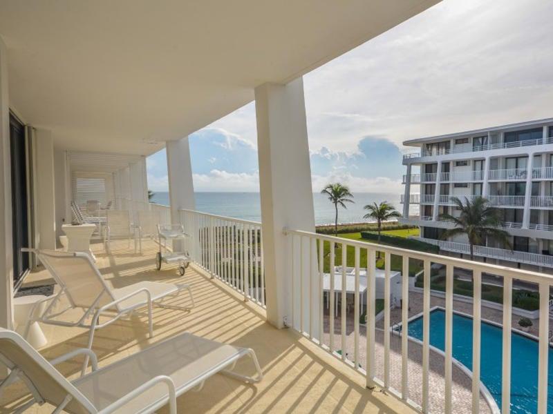 2600 S Ocean Boulevard 304 N, Palm Beach, FL 33480