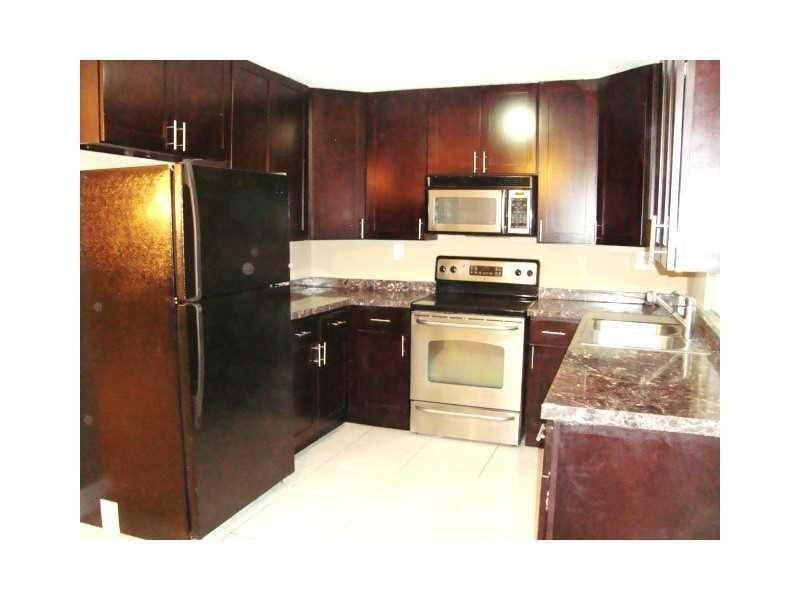 1661 N Cypress Road, Pompano Beach, FL 33060
