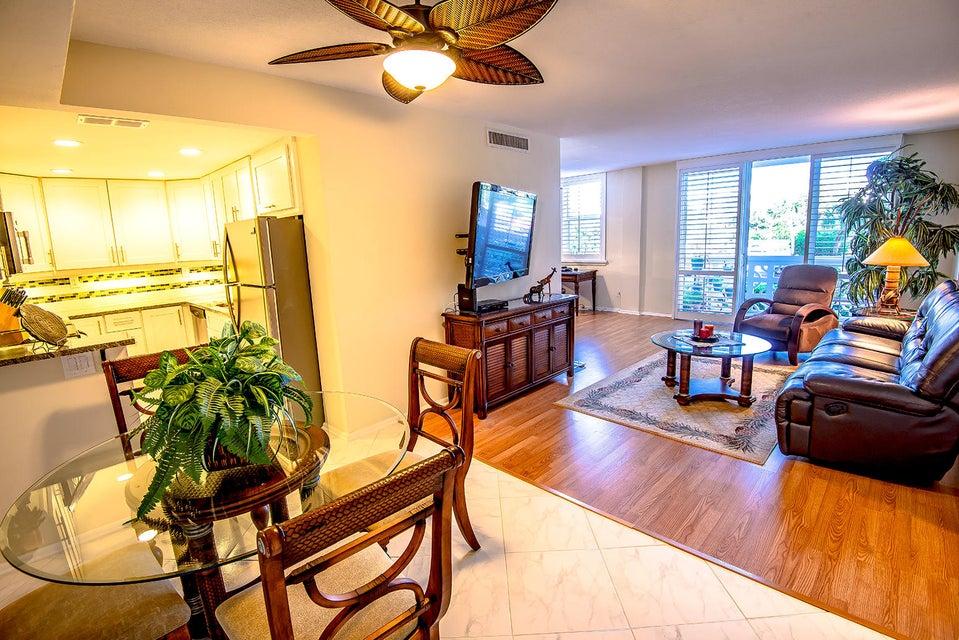 2840 S Ocean Boulevard 217, Palm Beach, FL 33480