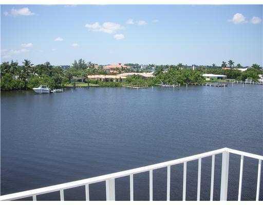 3575 S Ocean Boulevard 402, South Palm Beach, FL 33480