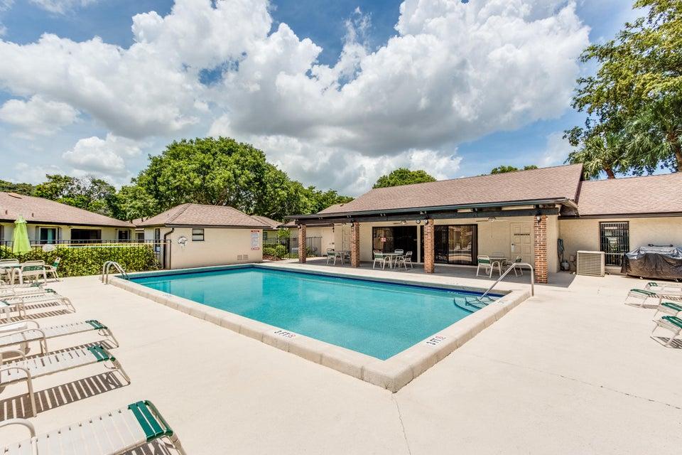 Kitchen Cabinets Fort Lauderdale 4871 Hawkwood Road Boynton Beach Fl 33436 Mls Rx