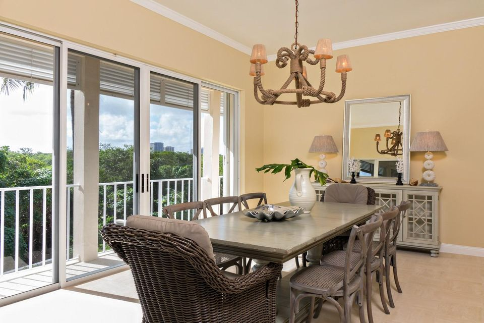 Dining Room - Garden View