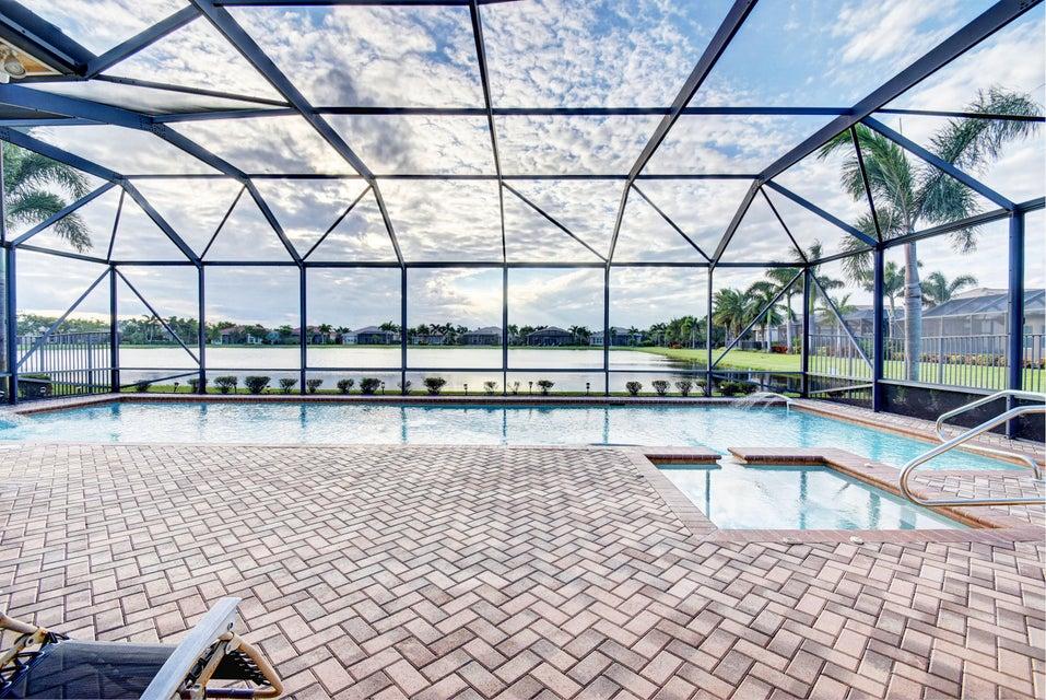 10669 Whitewind Circle, Boynton Beach, FL 33473