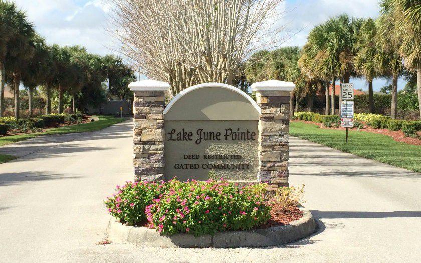 628 Sunset Pointe Drive, Lake Placid, FL 33852