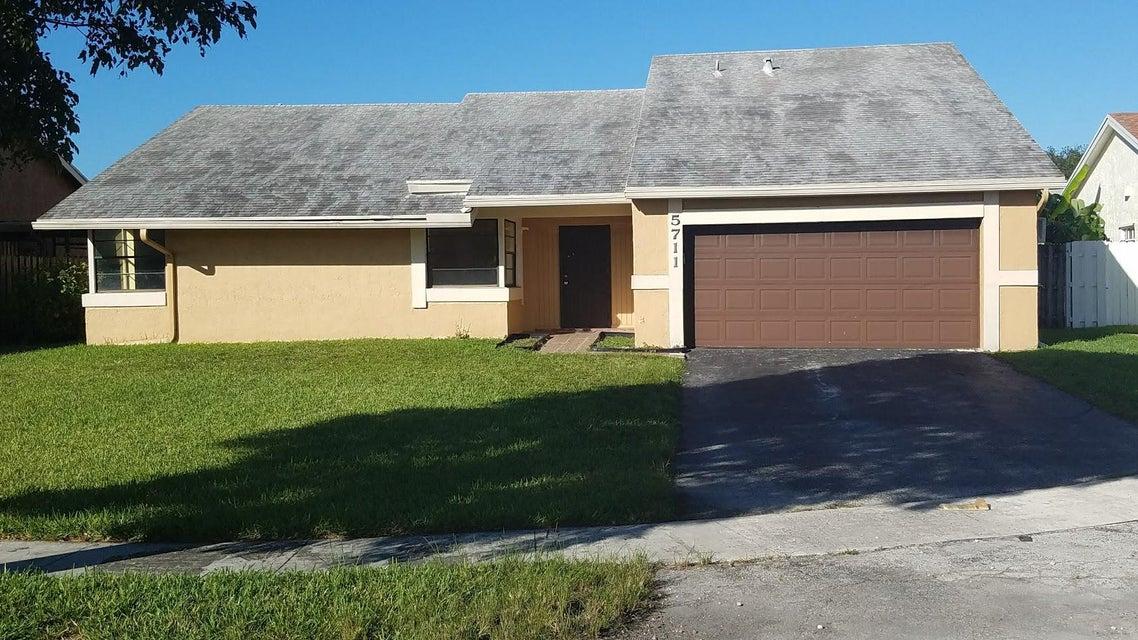 5711 NW 54 Terrace, Tamarac, FL 33319