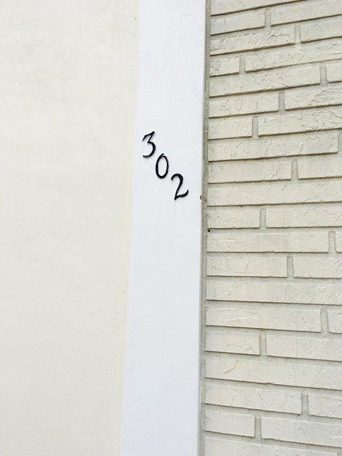 302 N L Street