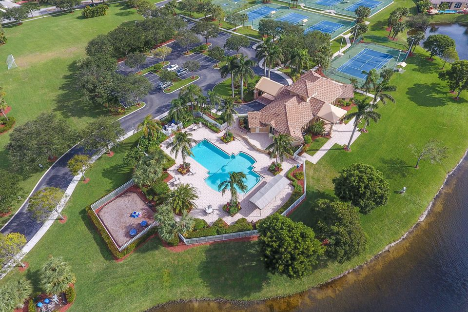 Egret Landing Pool Clubhouse Aerial