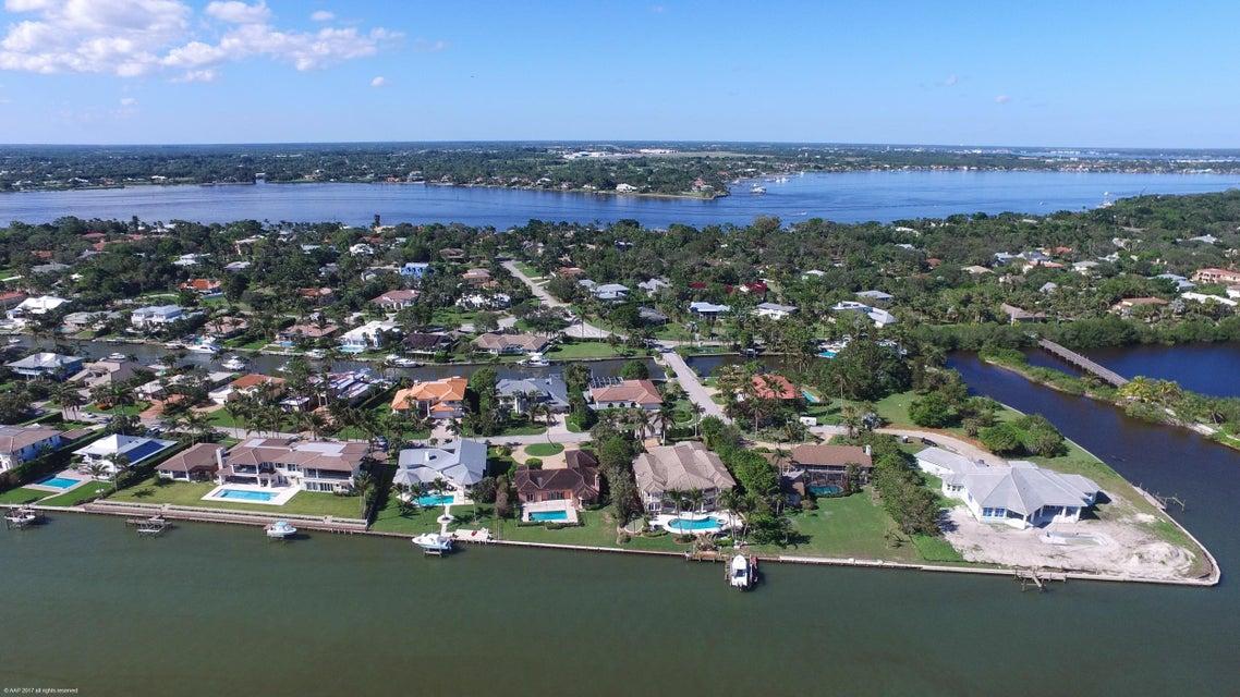 7 Island Road, Sewalls Point, FL 34996