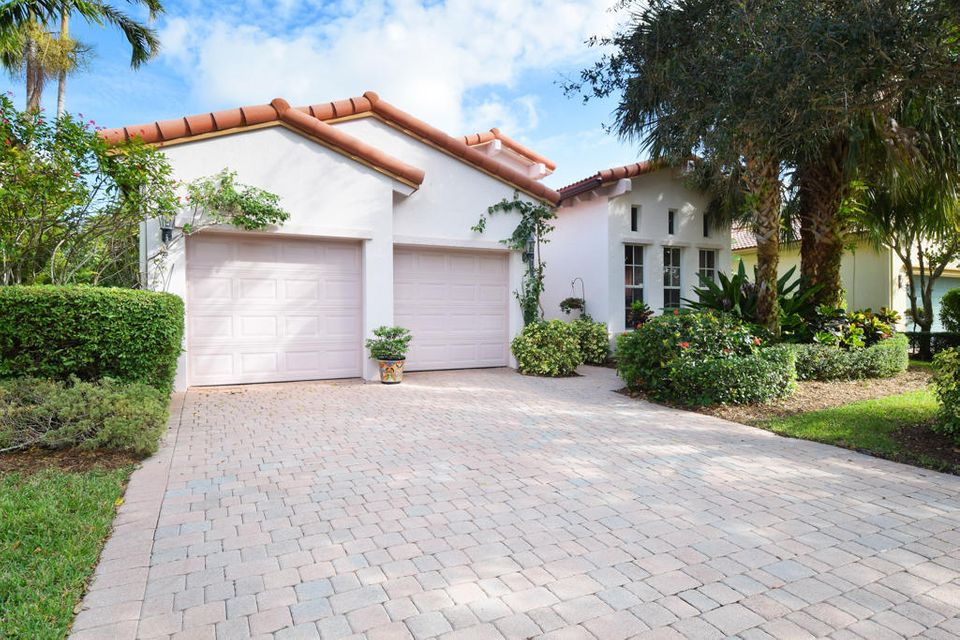 1708 Nature Court, Palm Beach Gardens, FL 33410