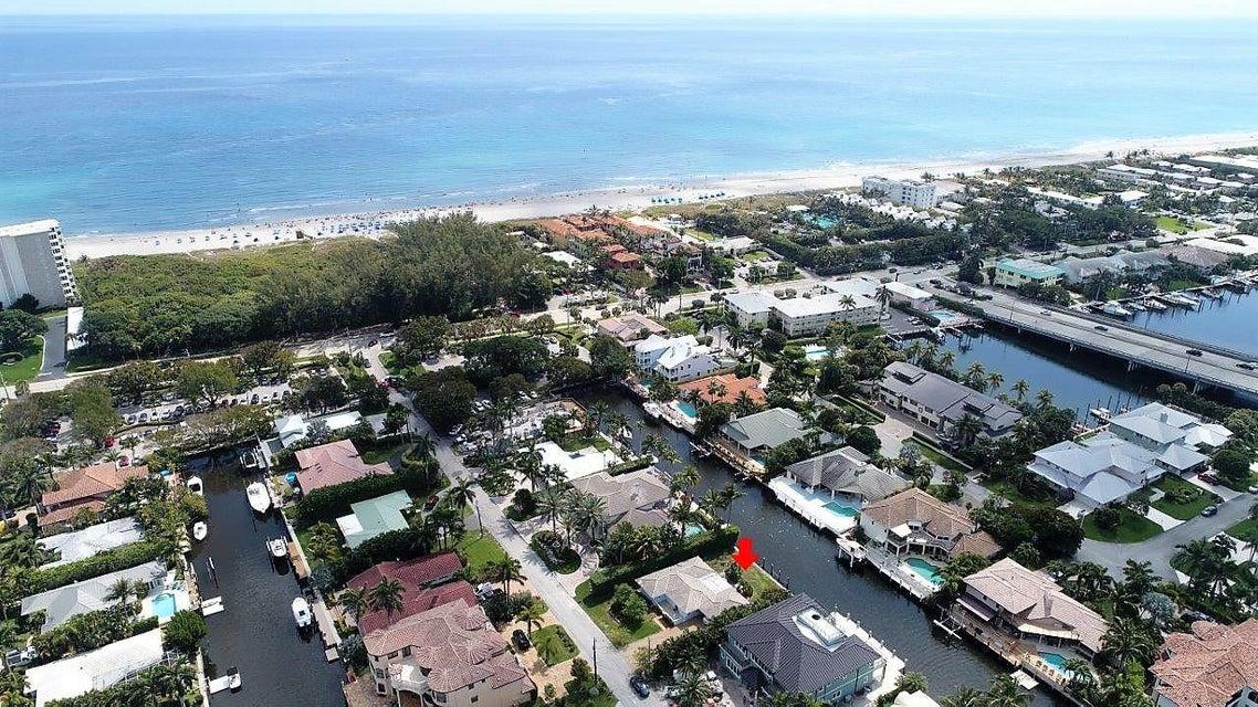 1010 Rhodes Villa Avenue, Delray Beach, FL 33483