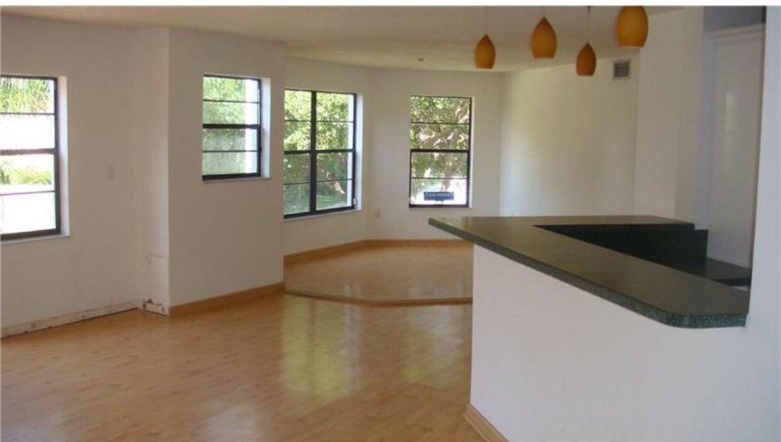 6606  Villa Sonrisa Drive #925 Boca Raton, FL 33433